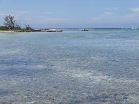 無人島イメージ画像